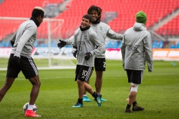 Nicolas Lodeiro and Joevin Jones share a laugh. ( Sounders FC)