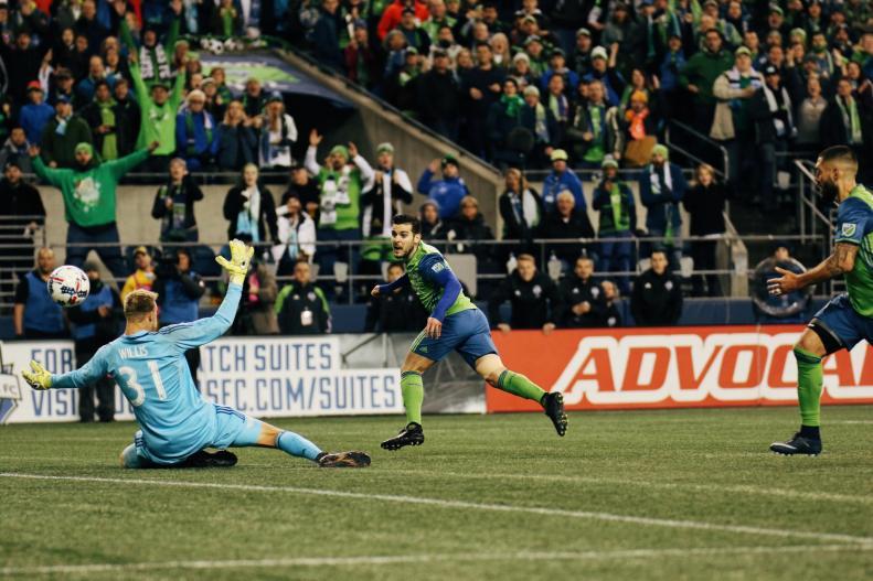 Victor Rodriguez scores