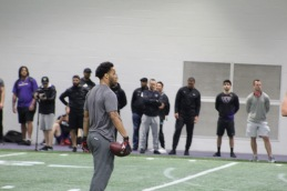 Myles Gaskin prepares to run pass-catching drills. ( Cascadiasports.net